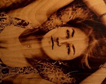 портрет на дереве на заказ в Магнитогорске